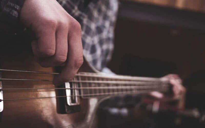 acoustic-electric-bass-guitar-reviews