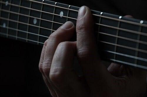guitar-finger-calluses