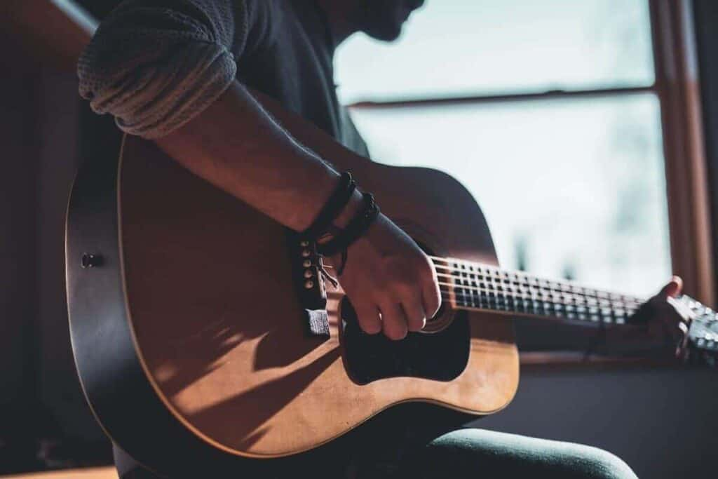 tips for guitarists to stay focused