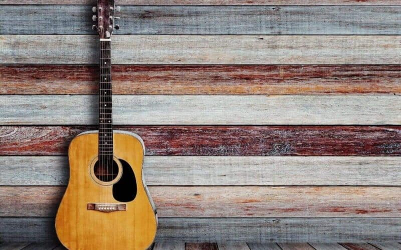 buying-a-used-acoustic-guitar