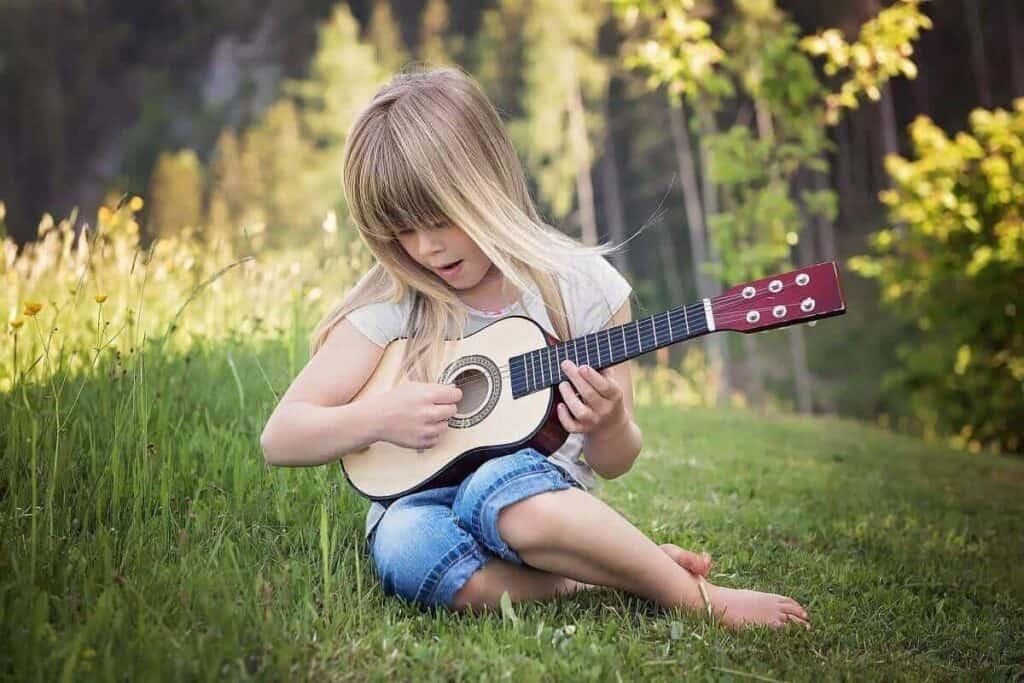 best-guitars-for-kids