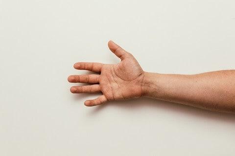 stretch-guitar-fingers