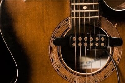 Pickup make acoustic guitar louder
