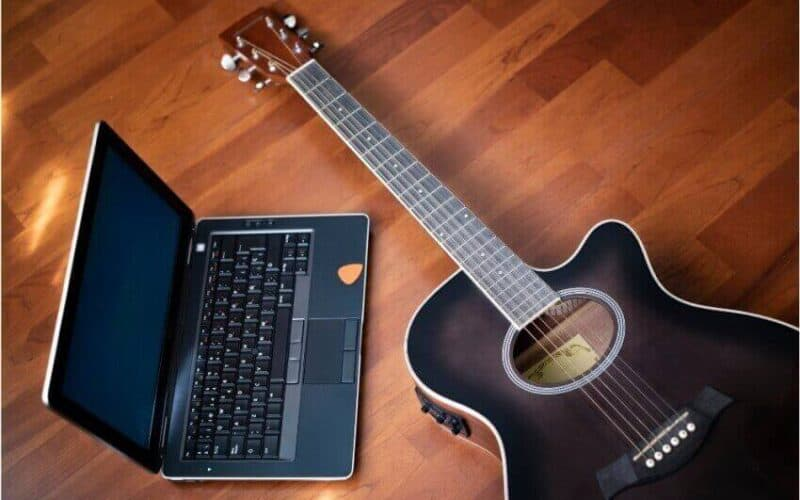 best place to buy guitar online