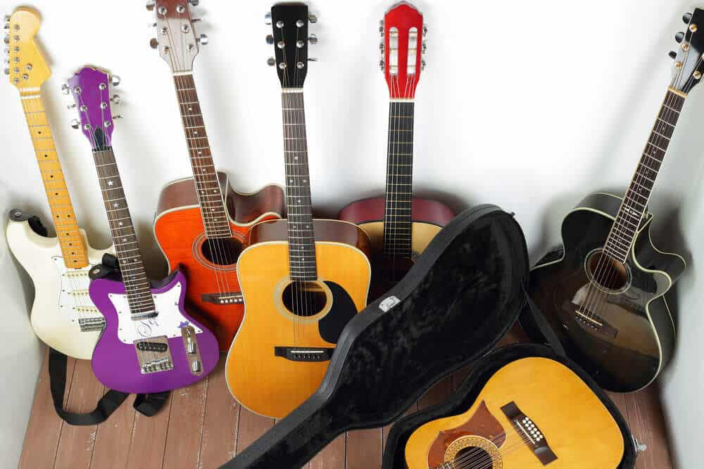 how to store your guitar