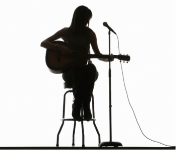 What makes a good guitar stool?